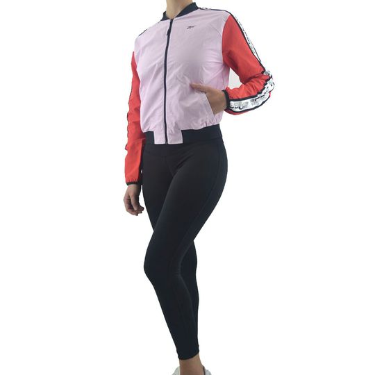 conjunto-reebok-mujer-meet-you-there-woven-ts-rs-n-re-fq3180-Principal